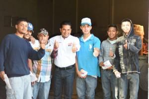 ALIANZA CIUDADANA ABRIL 5.- Los jovenes dialogaron con el candidato a presidente