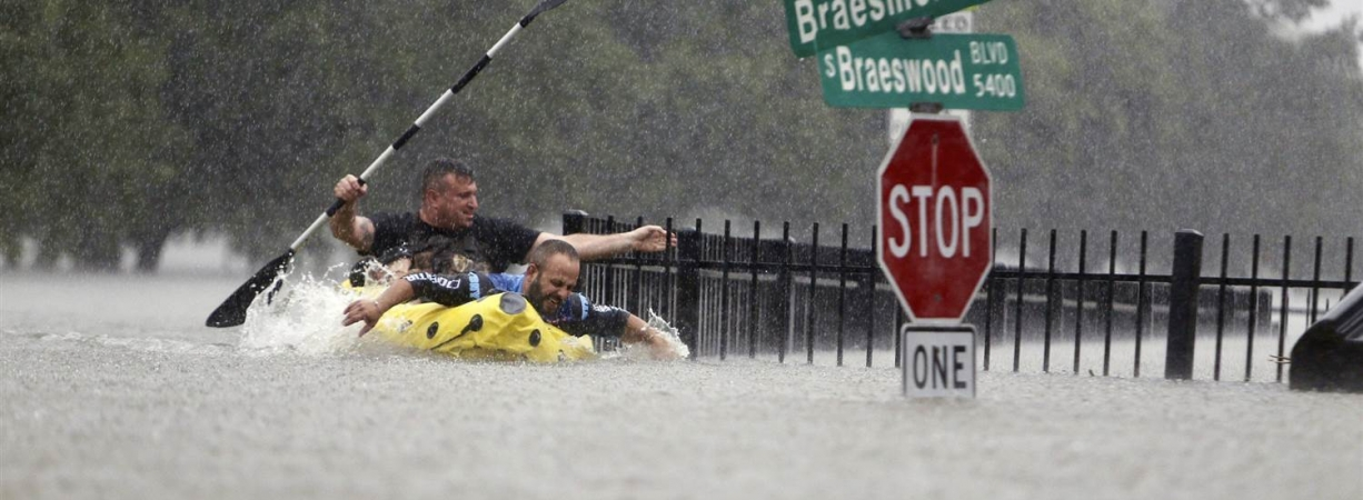 Houston Hit by 'Catastrophic Flooding' from Hurricane Harvey, Hundreds Rescued
