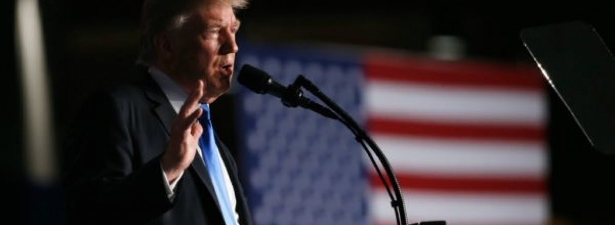 Niega Trump retirada rápida de Afganistán y amenaza a Pakistán