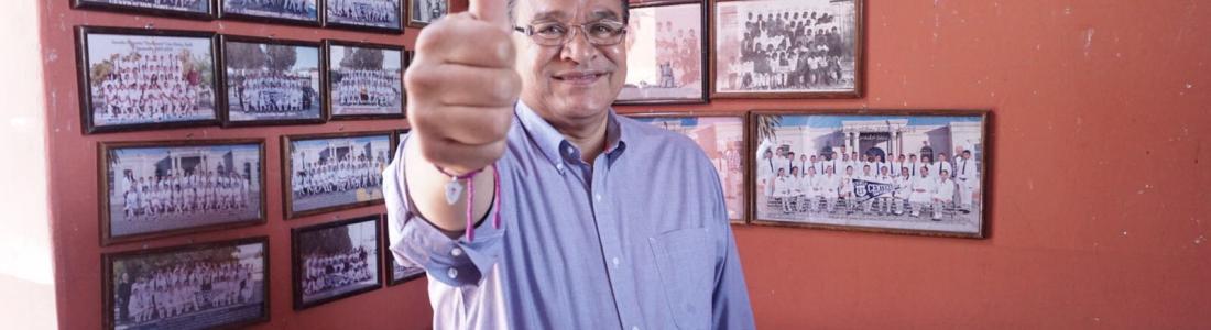 VOTA JAVIER GUERRERO EN SAN PEDRO DE LAS COLONIAS