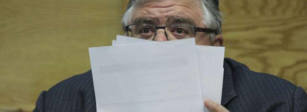 Carstens renuncia como gobernador del Banco de México; se irá en julio de 2017