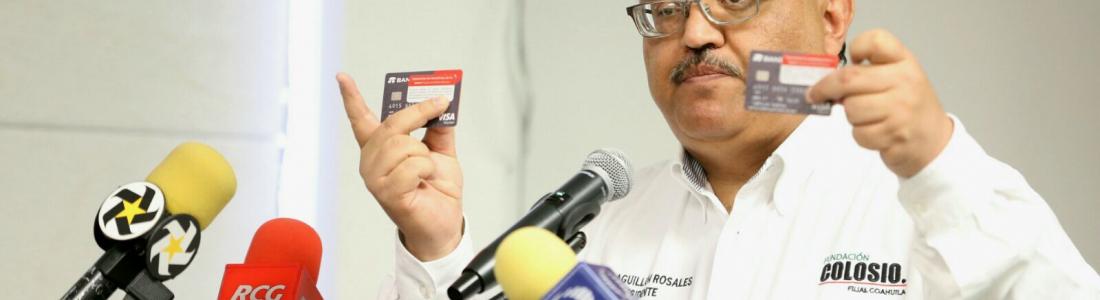 """INE desecha denuncia de """"lavadero de tarjetas"""" del PRI contra PAN"""