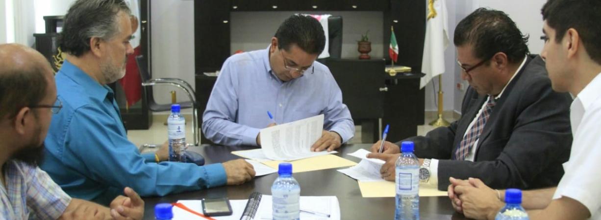AYUNTAMIENTO FIRMA CONVENIO DE COLABORACIÓN CON LA SECRETARÍA DE ECONOMÍA PARA PROPICIAR EL DESARROLLO INTEGRAL DEL MUNICIPIO.