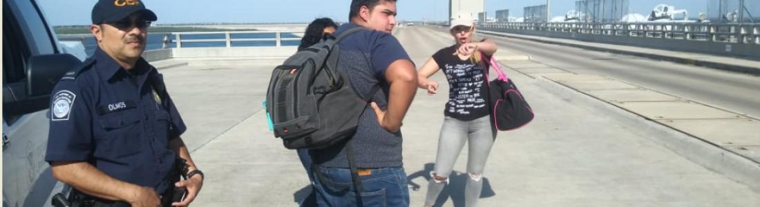 Cubana amenaza con suicidarse en la Presa al negarle CBP la entrada a Estados Unidos.