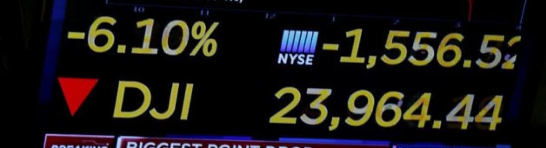 Lunes negro para Wall Street; sufre Dow Jones la peor caída en puntos de su historia