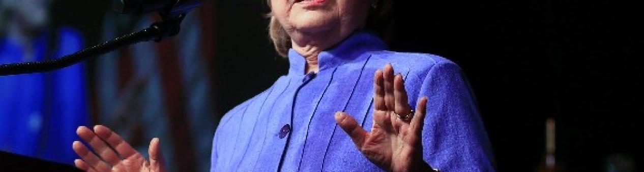 FBI no recomienda presentar cargos contra Clinton