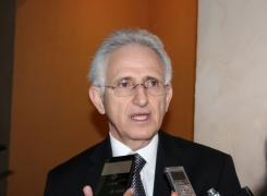 Difícil obtener bajos intereses en reestructura de deuda: Kalifa