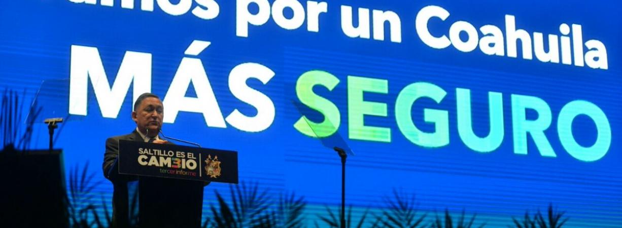 Va Isidro López en busca de candidatura panista