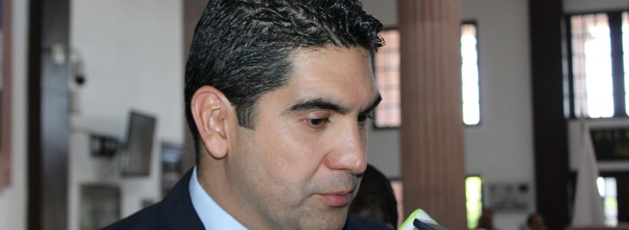 Rubén Moreira debe ser procesado por caso Ficrea