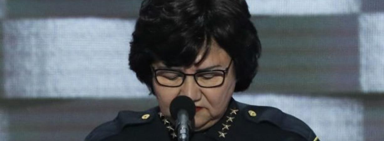 Lupe Valdez, la sheriff latina que va por la gubernatura de Texas