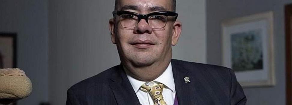 RENUNCIA NICOLÁS ALVARADO A TV UNAM TRAS CRÍTICAS A JUAN GABRIEL