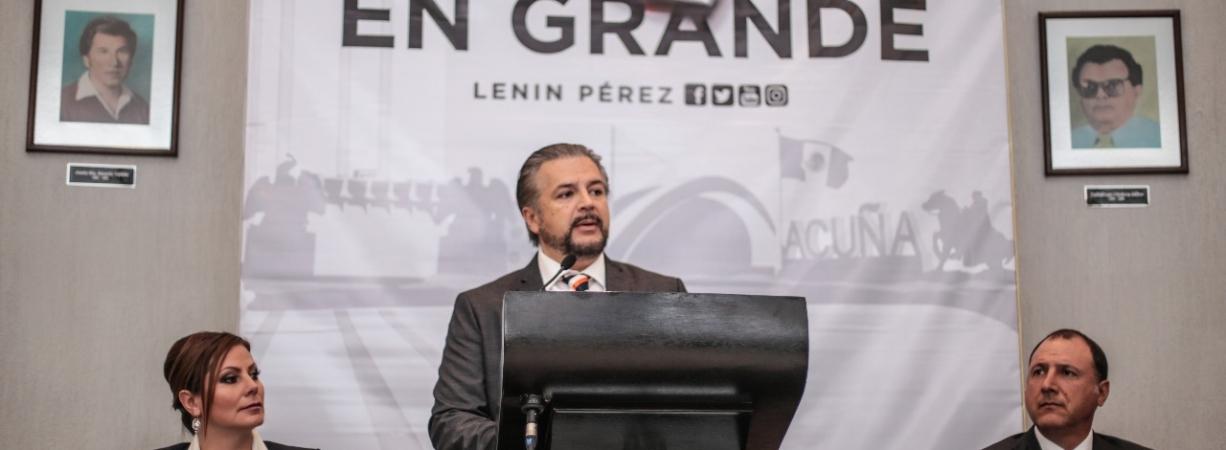 EN SESIÓN SOLEMNE RINDE CUARTO INFORME DE GOBIERNO EVARISTO LENIN PÉREZ RIVERA.