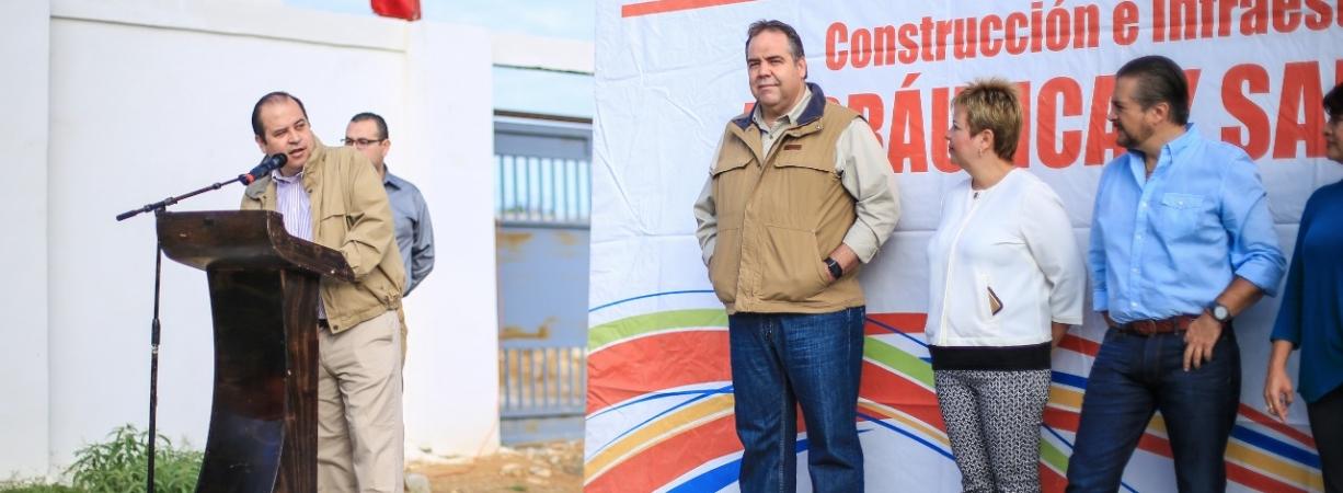 ARRANCAN TRABAJOS DEL SUBCOLECTOR MARGINAL EN LA COLONIA LAS TORRES.