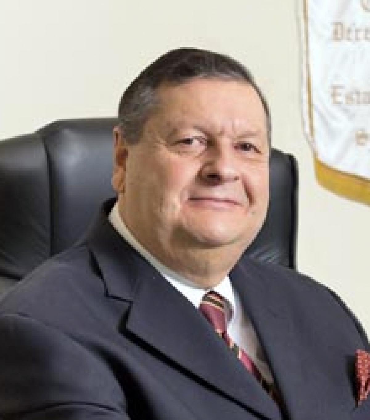 Rechazan  ratificar a Diez de Urdanivia en CDHEC