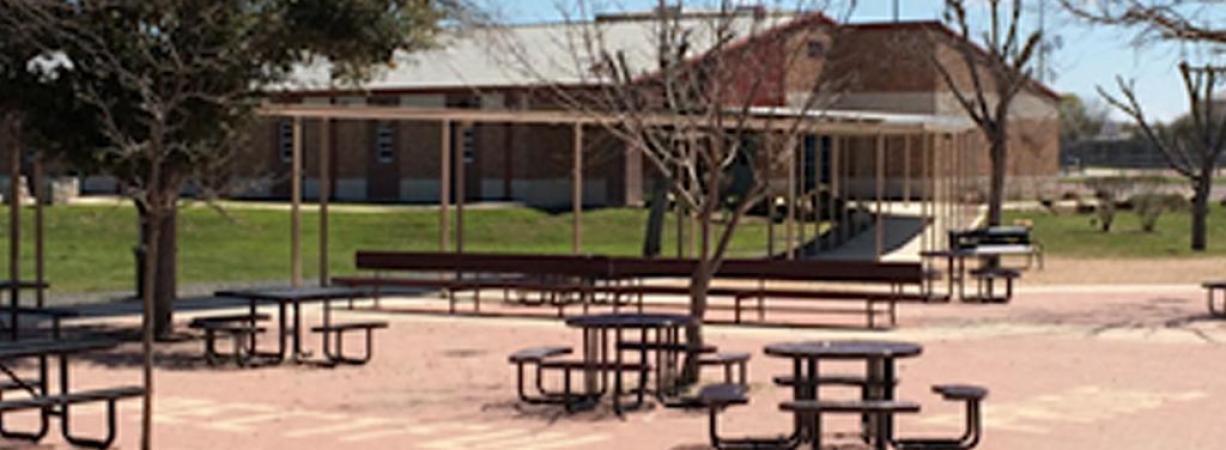 Revelan detalles del plan de dos adolescentes para realizar un tiroteo masivo en una escuela de Texas