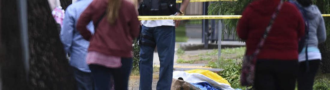 Hombre mata a tres personas 'por odio a los blancos'