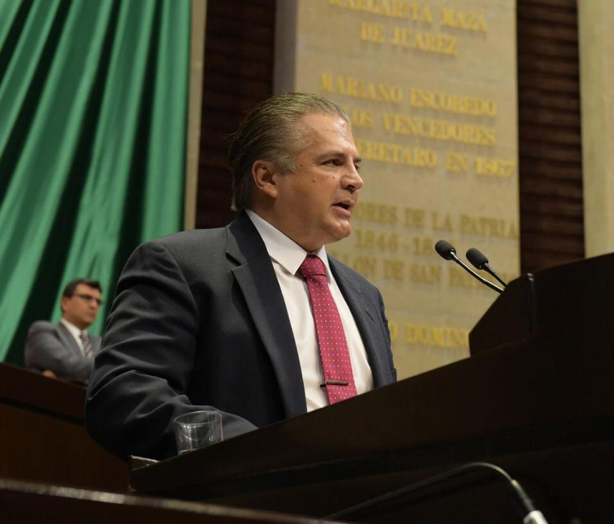 Lenin Pérez presenta reserva a dictamen que reforma Ley del Seguro Social