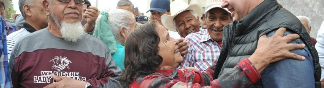 Pensionados y personas de la tercera edad manifiestan su agradecimiento al Alcalde