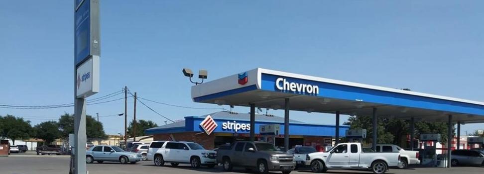 Rumores de desabasto de combustible en Del Río Tx. generan compras de pánico, Cámara de Comercio asegura solo es un retraso