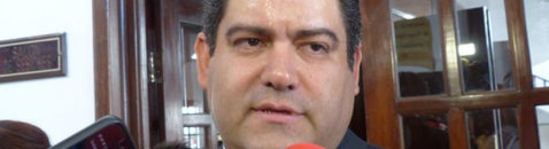 Fiscal moreirista va contra alcalde panista