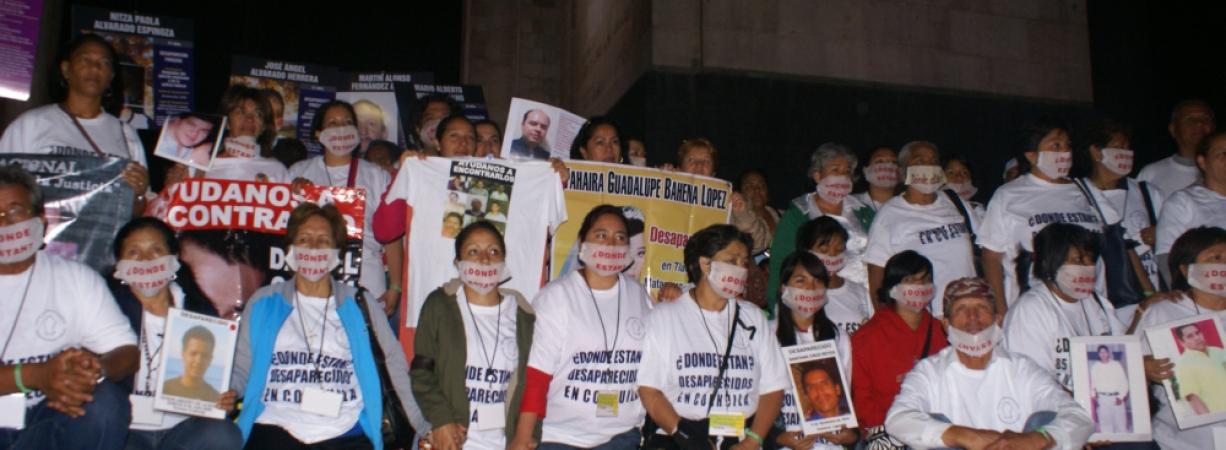 Empresas se amparan contra ley que protegería a familias de desaparecidos