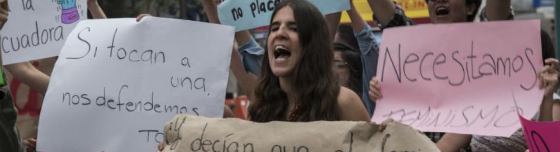 Fiscalía de Veracruz reprueba amparo a 'porky'; mujeres protestan en CDMX