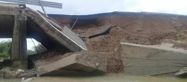 Diez días tardará reparación de puente Papalote: SCT