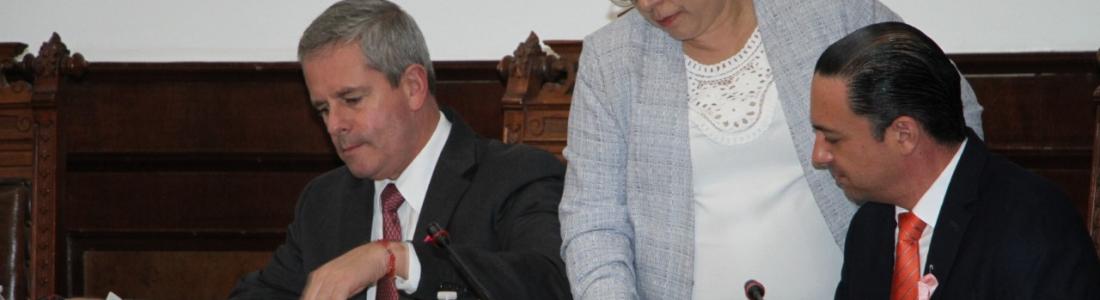 Riquelme aumentó presupuesto para Publicidad y Servicios Personales