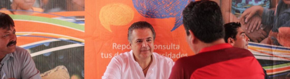 DE REGRESO A SUS LABORES FRENTE AL MUNICIPIO, LENIN PÉREZ INICIA CON UN LUNES CIUDADANO