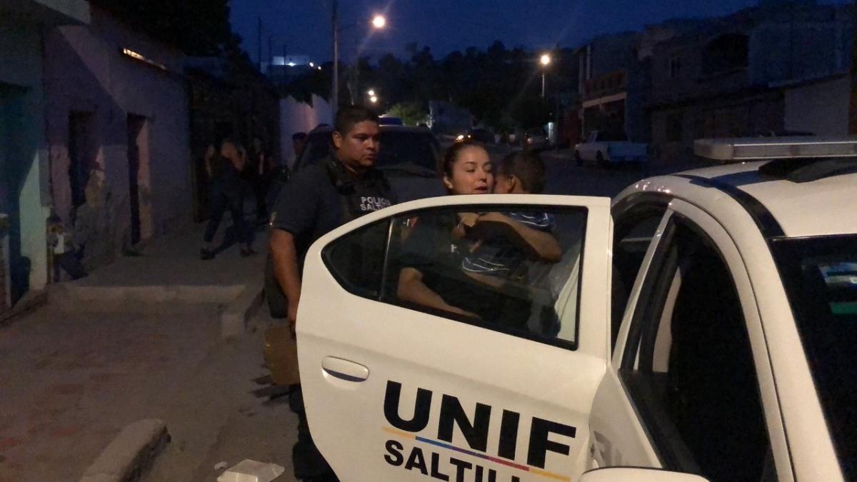 """""""Nos dispararon a nosotros"""", migrante; Fiscalía afirma iban contra narcomenudistas"""