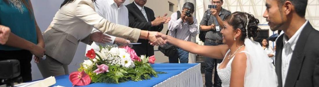 Celebran bodas comunitarias en Monclova