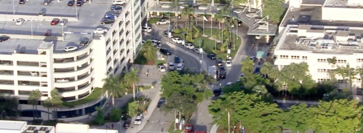 Efectivos de SWAT responden a presunta situación de rehenes en hospital de Broward